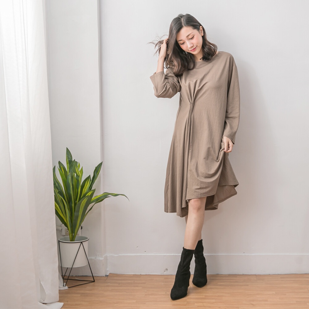 abbie休閒側壓摺造型洋裝
