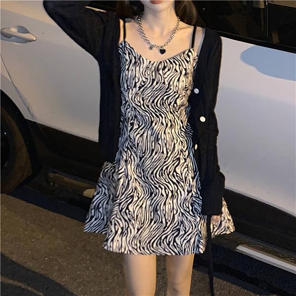 斑馬紋吊帶洋裝女2021新款春季收腰顯瘦打底裙小個子氣質裙子潮 ATF艾瑞斯「快速出貨」