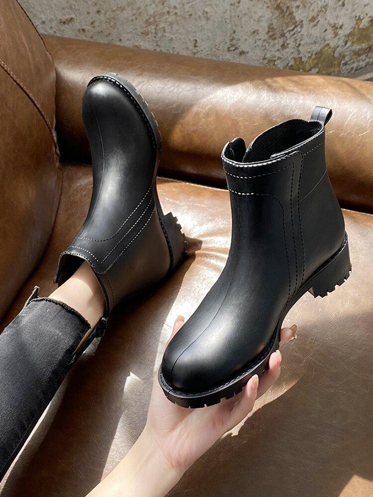 雨鞋女 日系雨鞋女短筒時尚外穿膠鞋洗車水鞋買菜套鞋廚房鞋防水防滑雨靴【LM391】