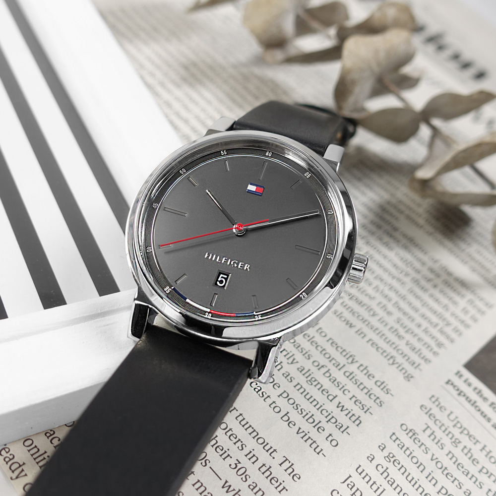 TOMMY HILFIGER / 1791735 / 極簡時尚 日本機芯 日期 真皮手錶 灰x銀框x黑 43mm