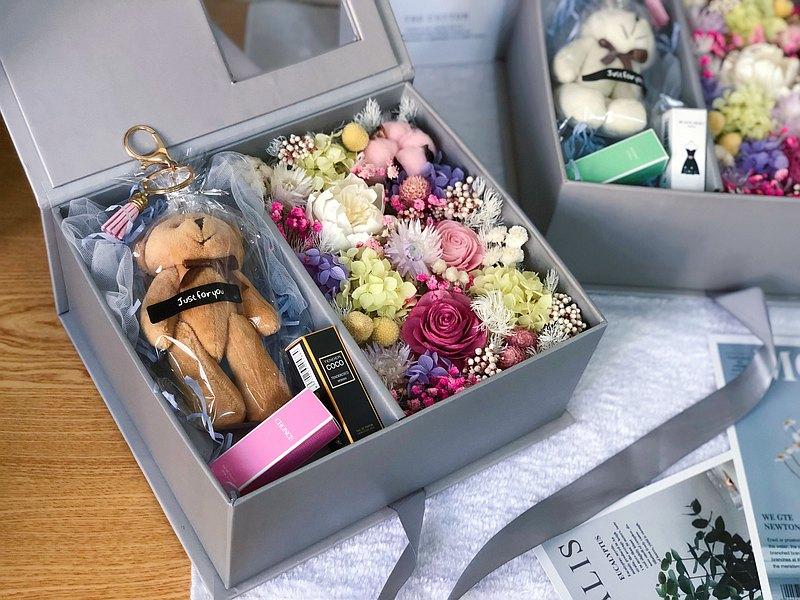 典藏透視花盒附禮物小熊香水