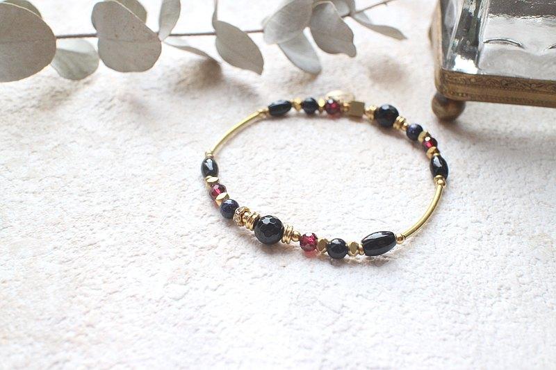 騎士精神-黑瑪瑙 石榴石 黃銅手環