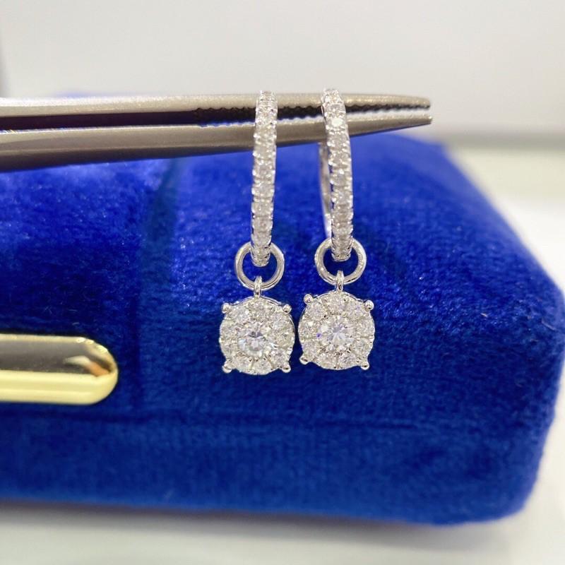 璽朵珠寶 [ 18K金 女神款 鑽石耳環 ] 微鑲工藝 精品設計 鑽石權威 婚戒顧問 婚戒第一品牌 鑽戒 婚戒 GIA