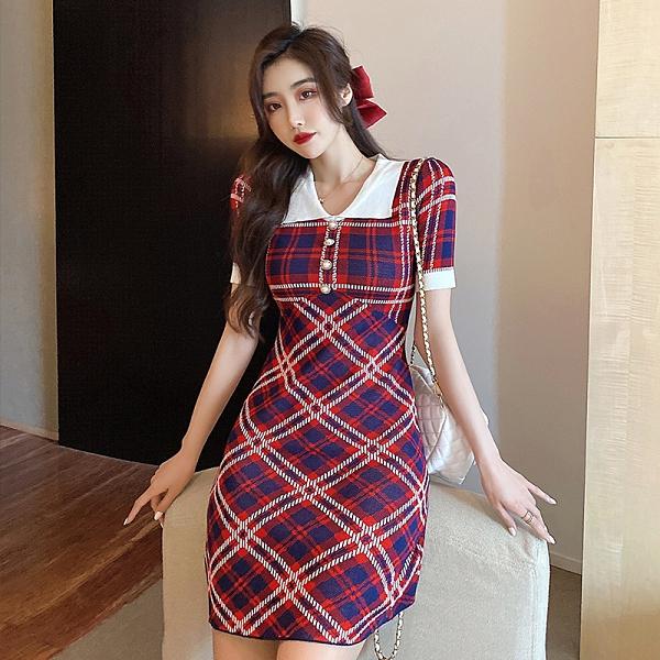 VK精品服飾 韓國風時尚格紋氣質娃娃領名媛短袖洋裝