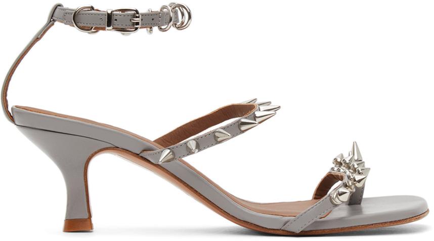 Abra 灰色 Spike 凉鞋