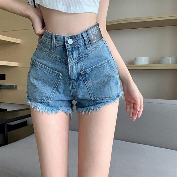 【Charm Beauty】高腰 牛仔短褲女 2021年 新款 夏季 直筒 顯瘦 毛邊褲子 辣妹 百搭 A字熱褲