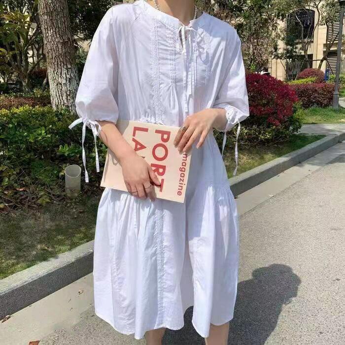 氣質收腰復古繫帶圓領修身中長款法式白色連衣裙女