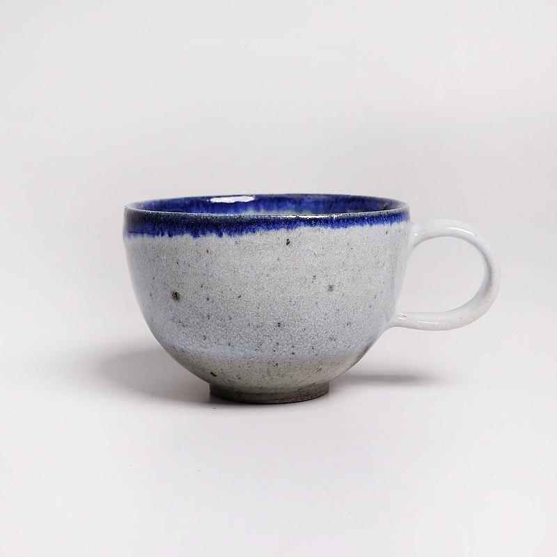 明芽窯 l 柴燒灰藍雙掛釉鐵斑咖啡杯