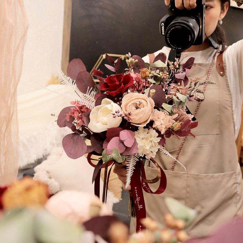 【遇見恆久】春之花語永生玫瑰捧花 含盒