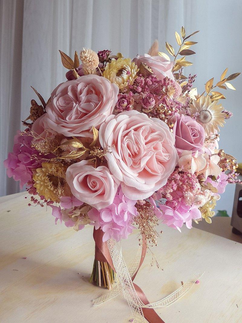 自然型手綁式香片花乾燥花捧花