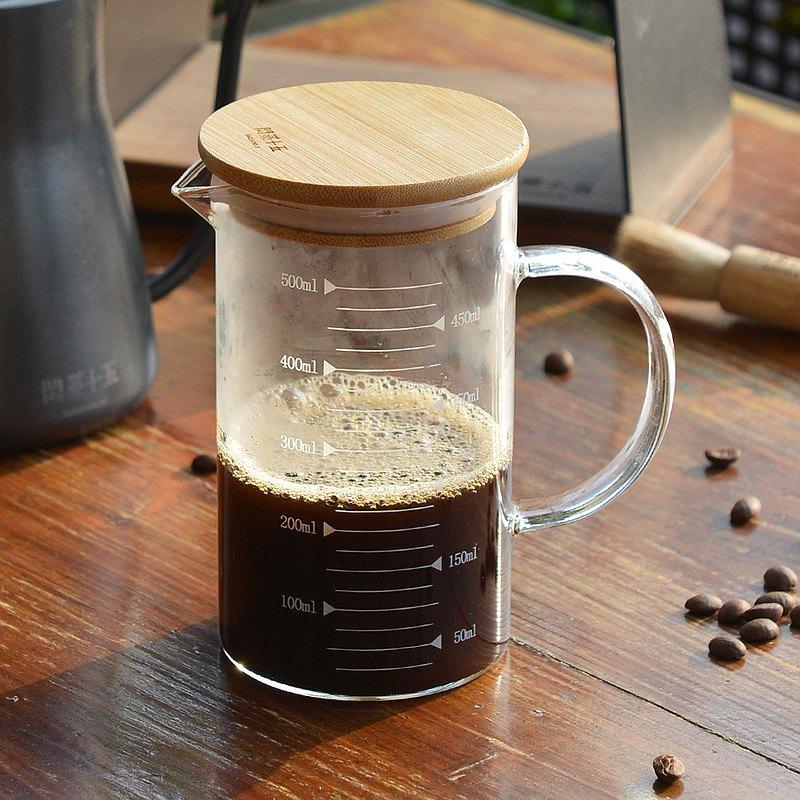 +O家窩 悶蒸十五附刻度耐熱玻璃咖啡公杯量壺(附天然竹蓋)-500ml