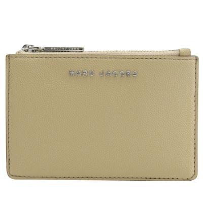 MARC JACOBS 金屬LOGO4卡鑰匙吊環零錢包(卡其)