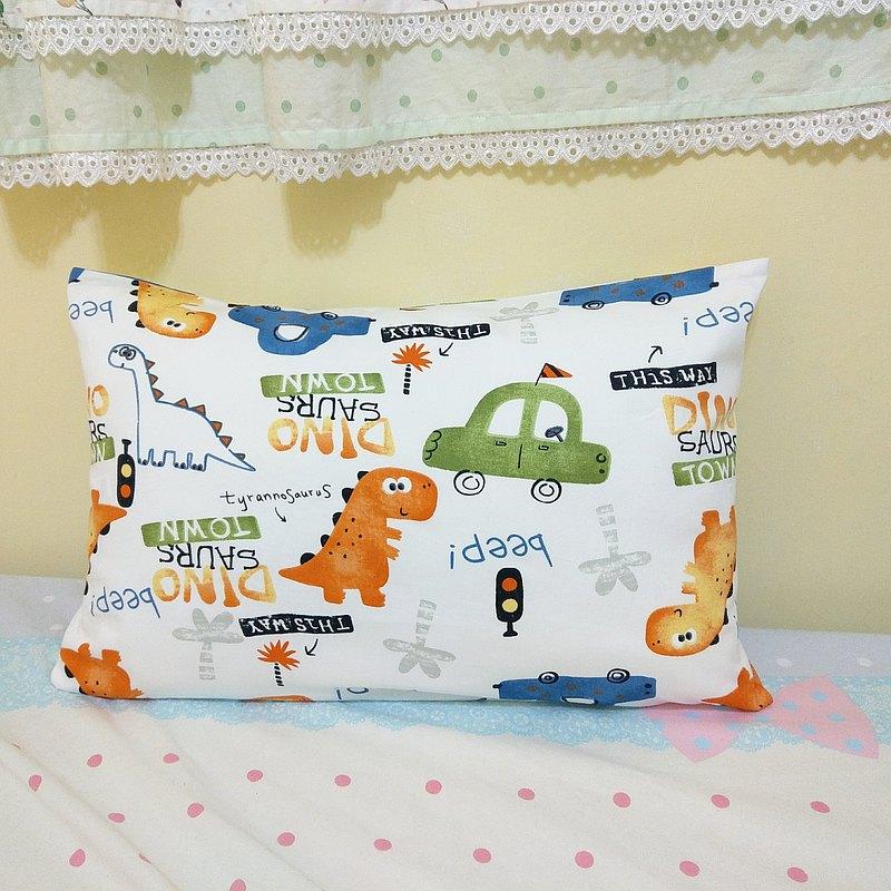 恐龍汽車-3款可選。兒童枕頭套 / 抱枕套 / 小學午睡枕頭套