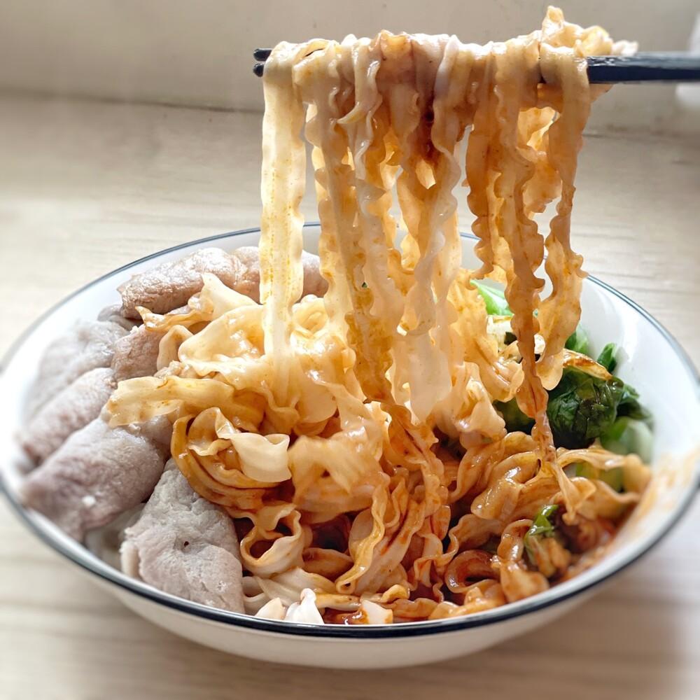 美食宵夜台南 三米拌麵  乾麵 / 拌麵 / 日曬手工麵 (1入4包)  四種口味