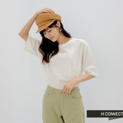 H:CONNECT 韓國品牌 女裝 -簡約純色素面落肩T-Shirt-白色