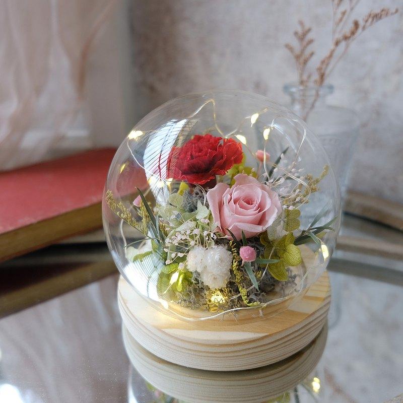 新竹/花藝課程/鐘罩/紅色/不凋花/永生花/乾燥花 /愛的圍繞