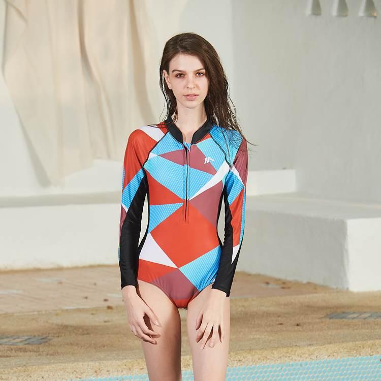 連身三角水母衣 MAR-8824 連身水母衣 防曬 抗寒 三角泳裝 泳裝 游泳 連身泳裝 MARIUM 美睿