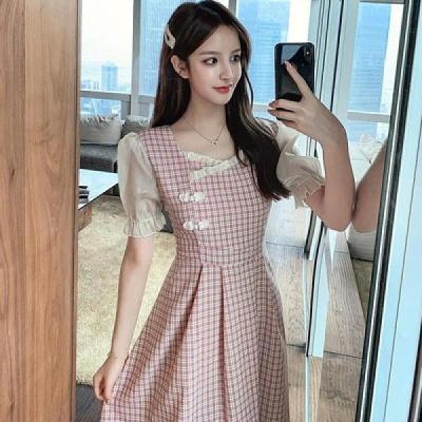洋裝~女旗袍連身裙小清新方領泡泡袖中長款格子收腰顯瘦短袖連身裙女2F054-D胖妞衣櫥