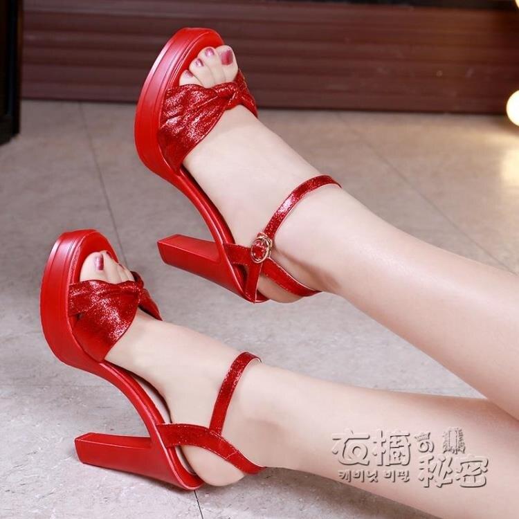 紅色婚鞋防水台粗跟涼鞋鬆糕厚底一字扣魚嘴女蝴蝶結大碼高跟涼鞋
