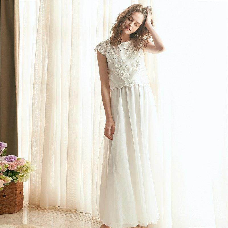 Agnes愛格妮絲典雅立體刺繡貼花上衣 +白長紗裙 (二件式)禮服,輕,