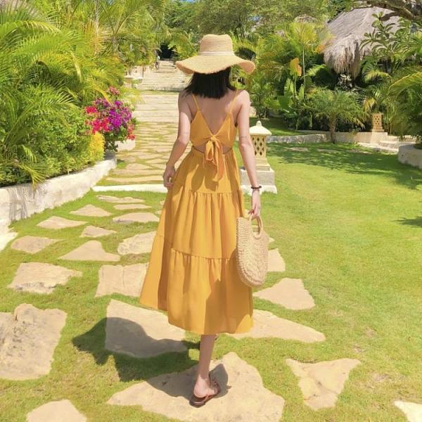 99免運 露背洋裝 露背顯瘦沙灘裙2021夏日新款女裝海邊度假性感吊帶純色超仙連身裙 【寶貝計畫】