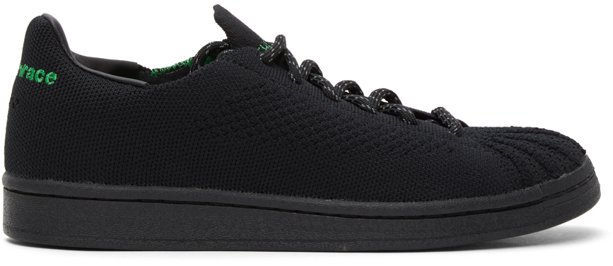 adidas Originals x Pharrell Williams 黑色 Superstar 运动鞋