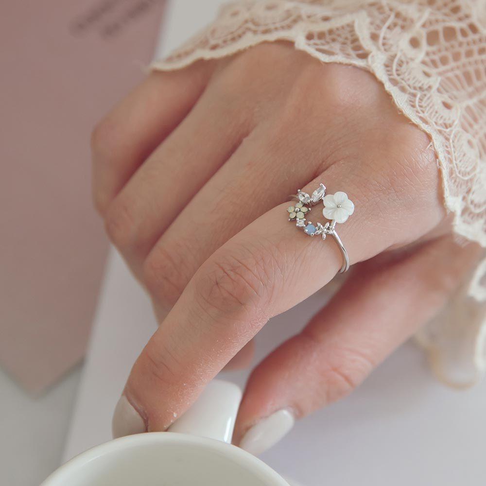 RCha。韓‧水鑽花朵葉片指環戒指