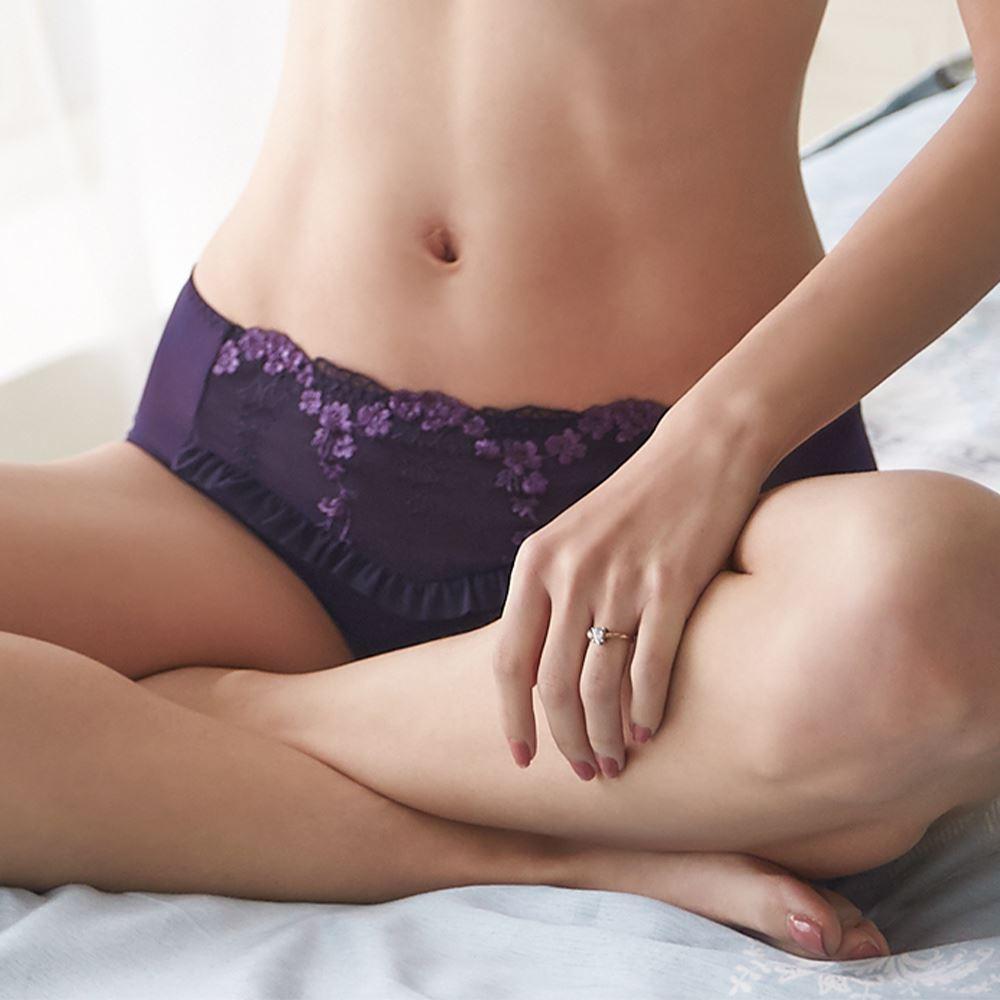 蕾黛絲-透透氣順型靠過來無痕內褲 M-EL 優雅紫|D758012 97