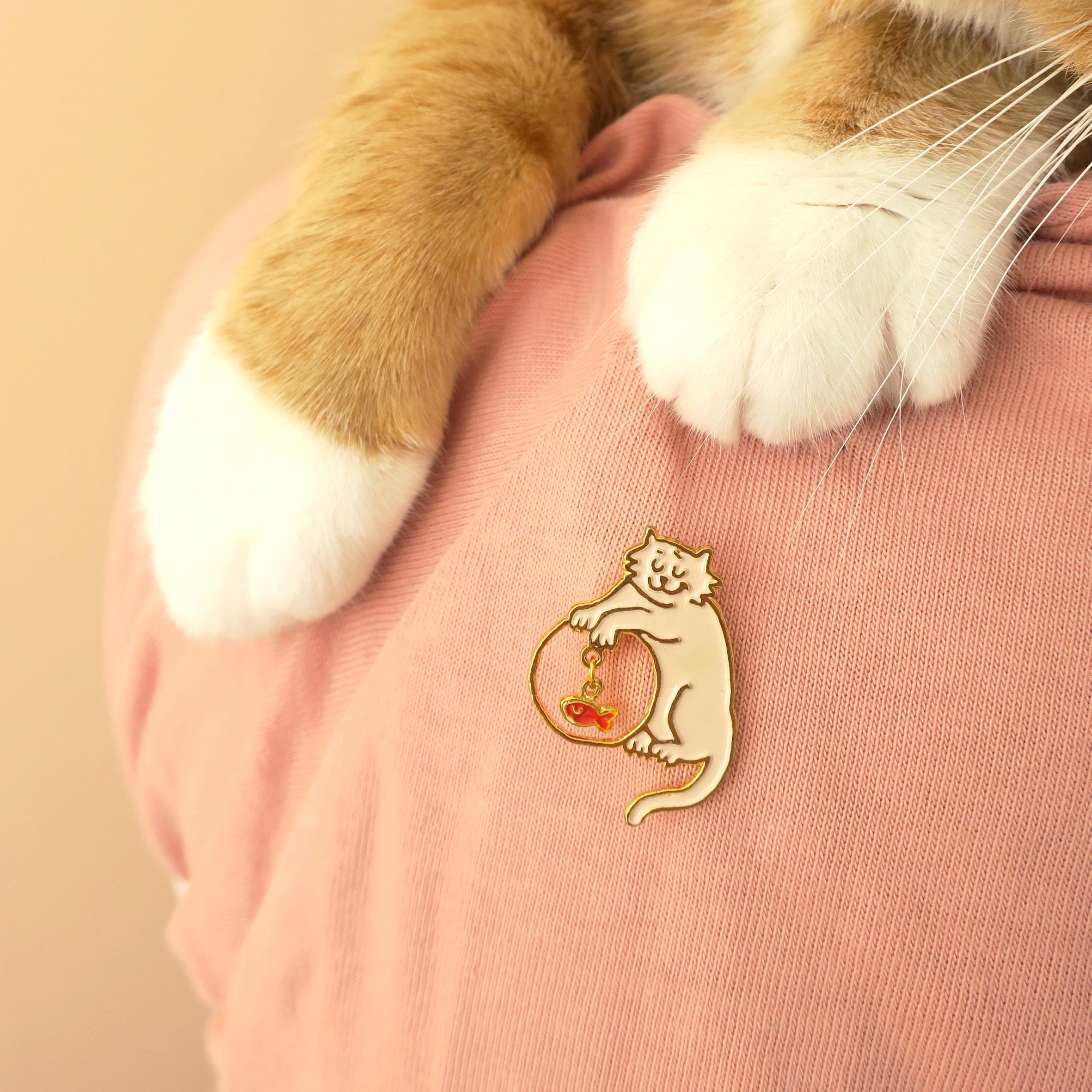 Mischievous Cat 徽章