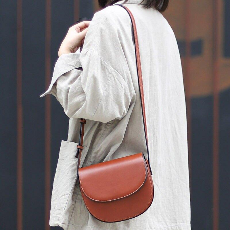 韓版簡約復古單肩小包休閒純色半圓型馬鞍包網紅時尚潮流斜挎女包