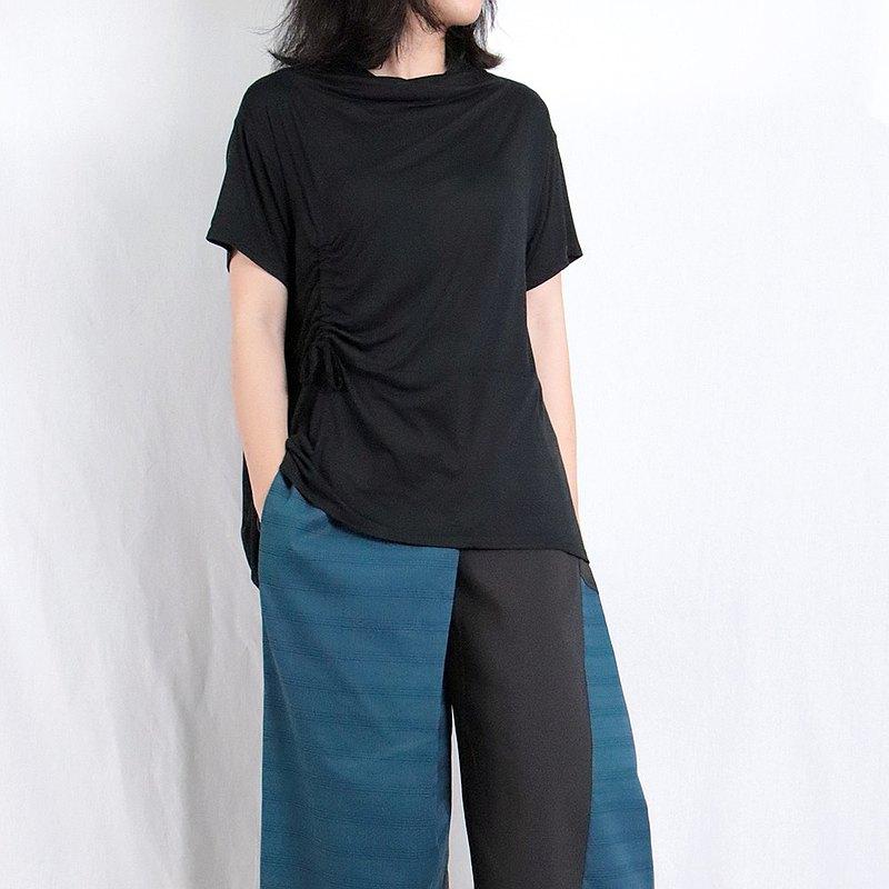黑 - 垂領抽皺造型上衣 #T1276