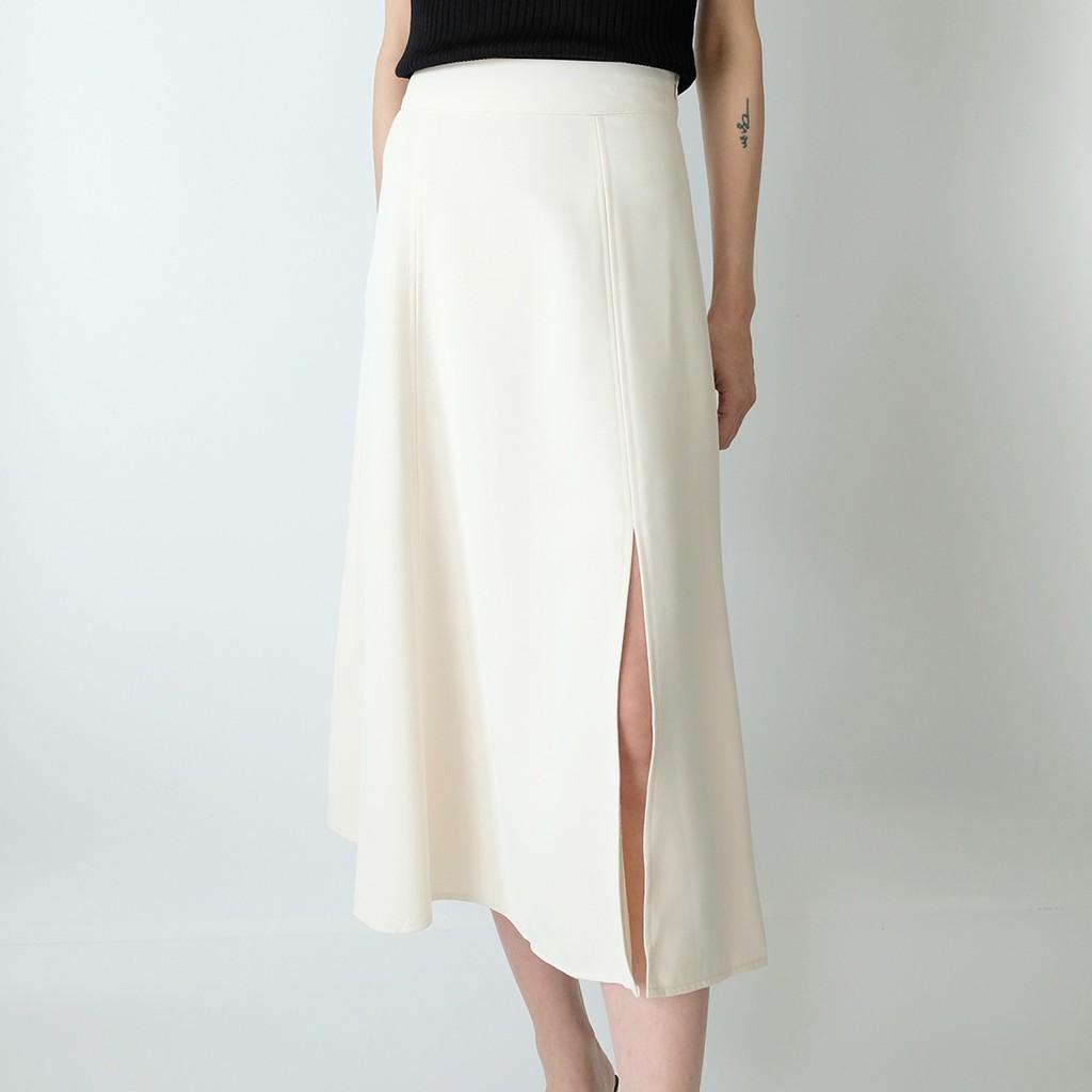 米杏色裙襬開叉過膝圓裙