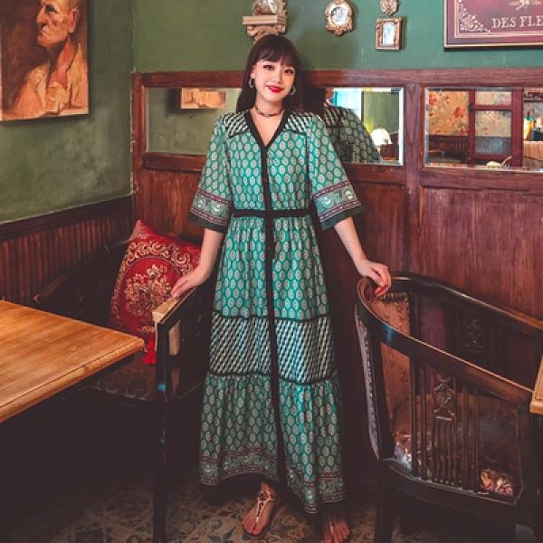洋裝 長裙波西米亞民族風復古拼色印花收腰系帶度假連身裙三色NE603紅粉佳人