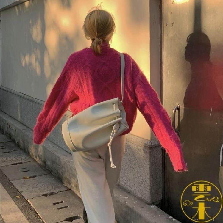 復古抽繩水桶包韓版簡約百搭大容量斜挎包時尚單肩包【夏沐生活】