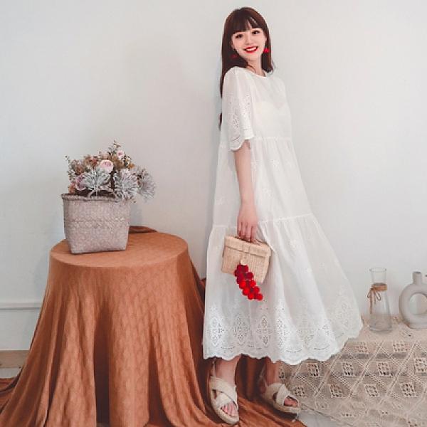 度假洋裝長裙刺繡甜美中長款很仙娃娃裙鏤空簡約大擺蕾絲連身裙三色NE603韓衣裳