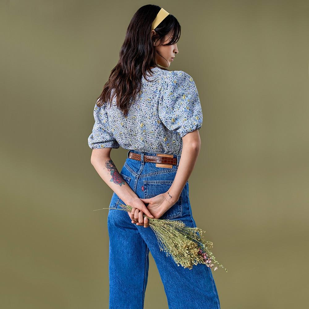 Levis 女款 High Loose 復古超高腰牛仔寬褲 / 中藍基本款 / 寒麻纖維 / 形象款-人氣新品