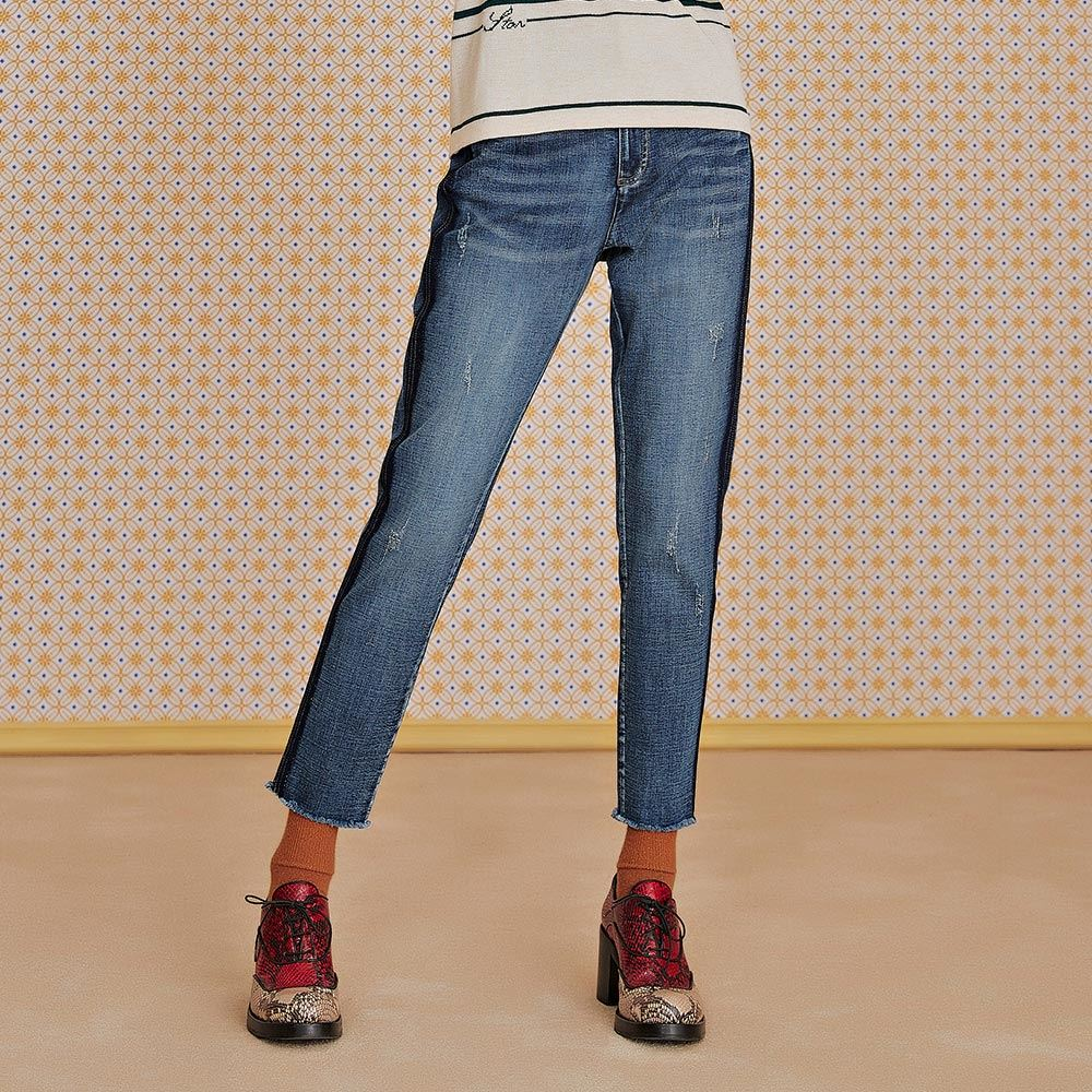 OUWEY歐薇 深淺造型工藝彈性修身牛仔褲(藍)J89606