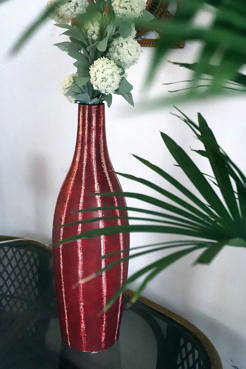 陶瓷鮮紅條紋花瓶