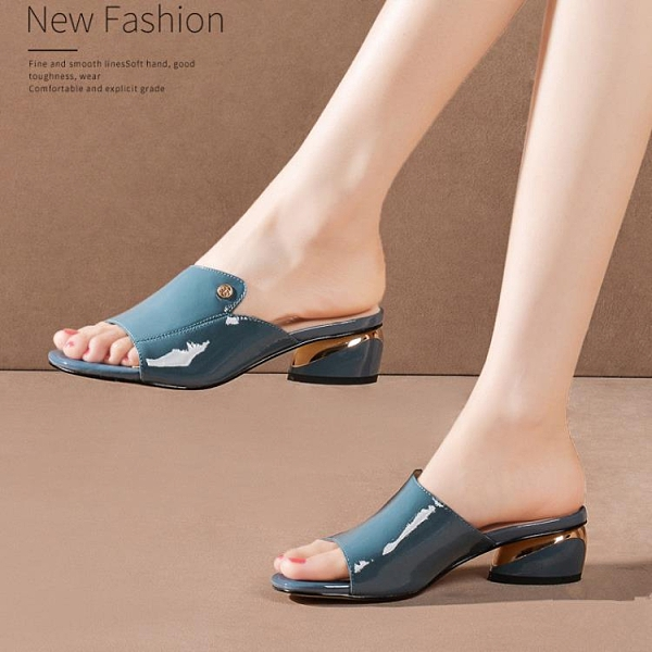 魚口鞋 達芙妮甜馨涼鞋女粗跟2021夏新款真皮涼拖鞋外穿時尚魚嘴大碼女鞋  美物 99免運