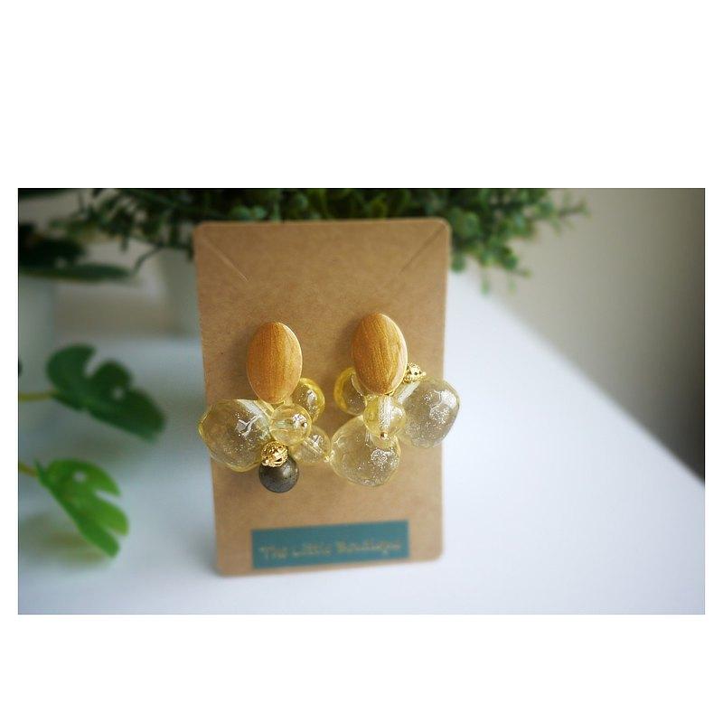麝香葡萄 | 不對稱耳飾 | 穿式耳環 | pierced earrings