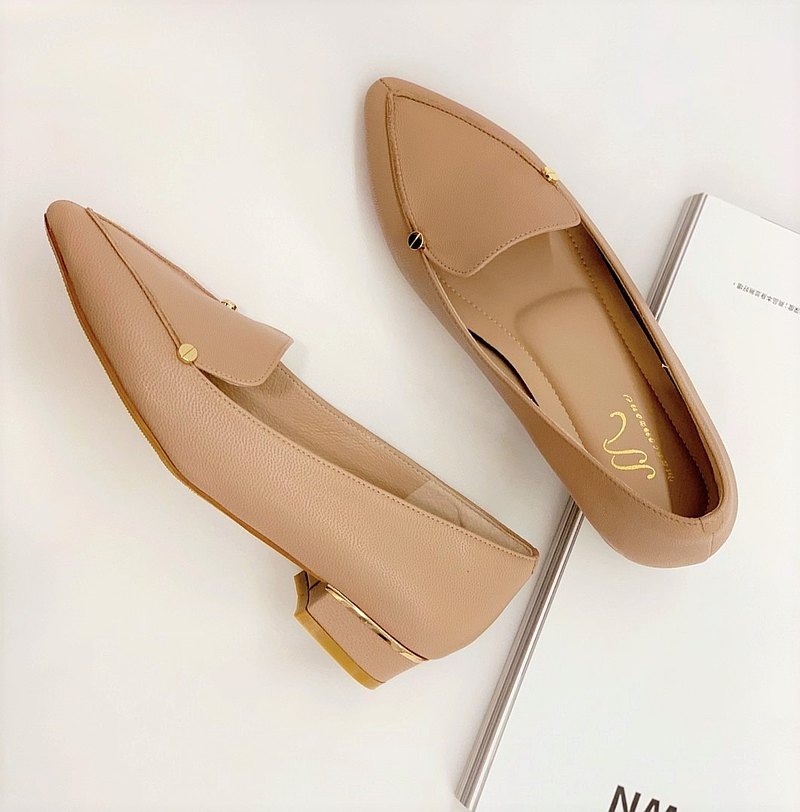 Leto - 粉膚色 - 質感雙金釦尖頭低跟鞋