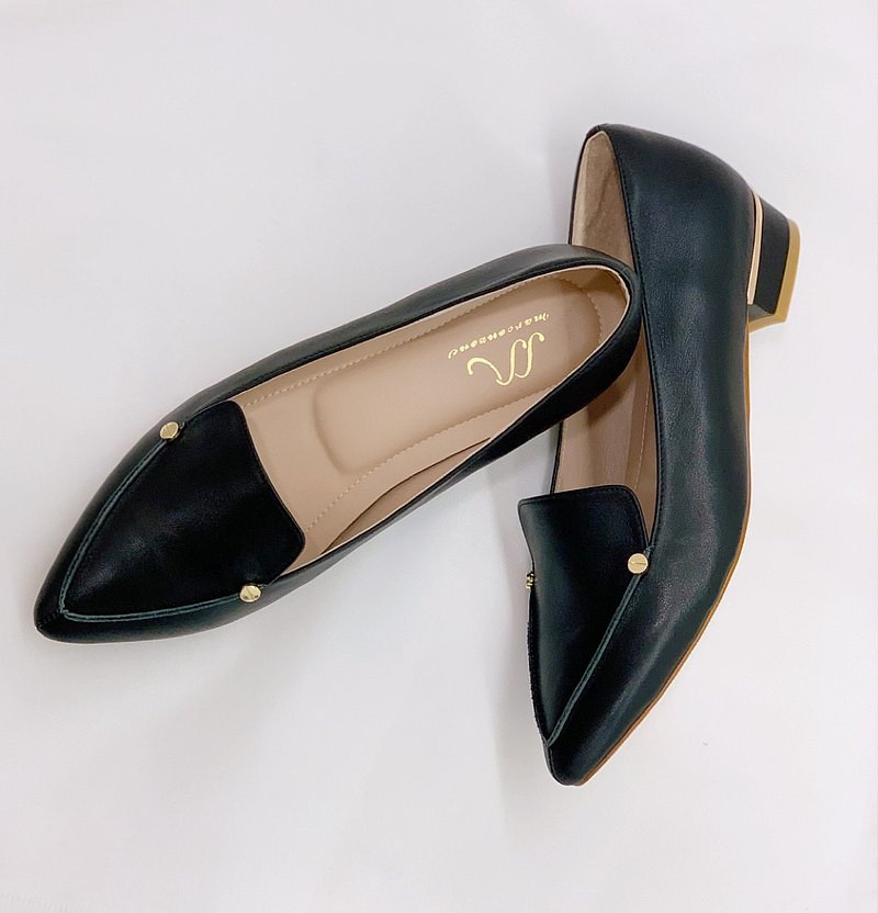 Leto - 黑色 - 質感雙金釦尖頭低跟鞋