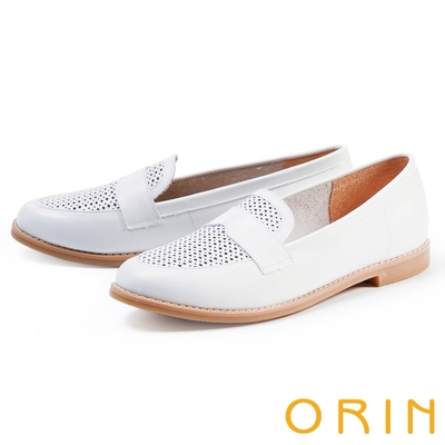 ORIN 趣味穿孔真皮平底 女 樂福鞋 白色