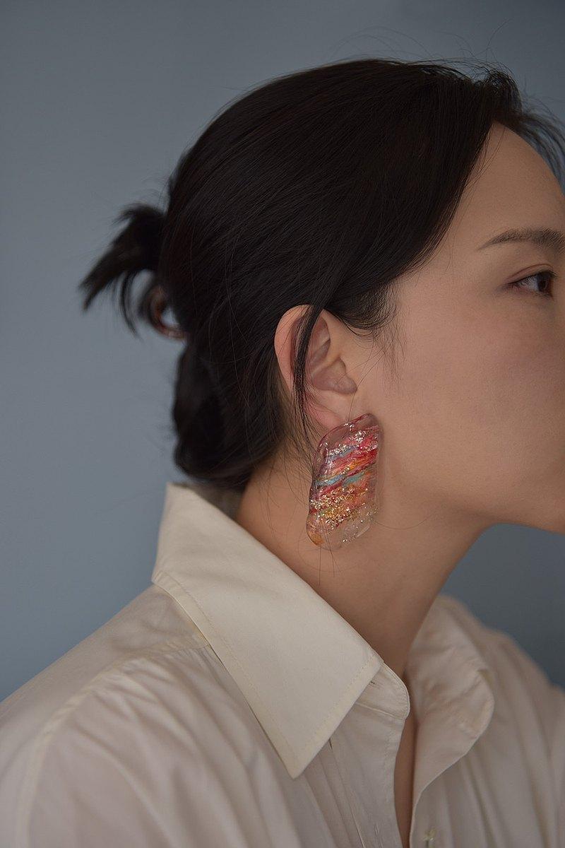 孤品小眾耳環 丹霞地貌 樹脂耳環 可以換成耳夾