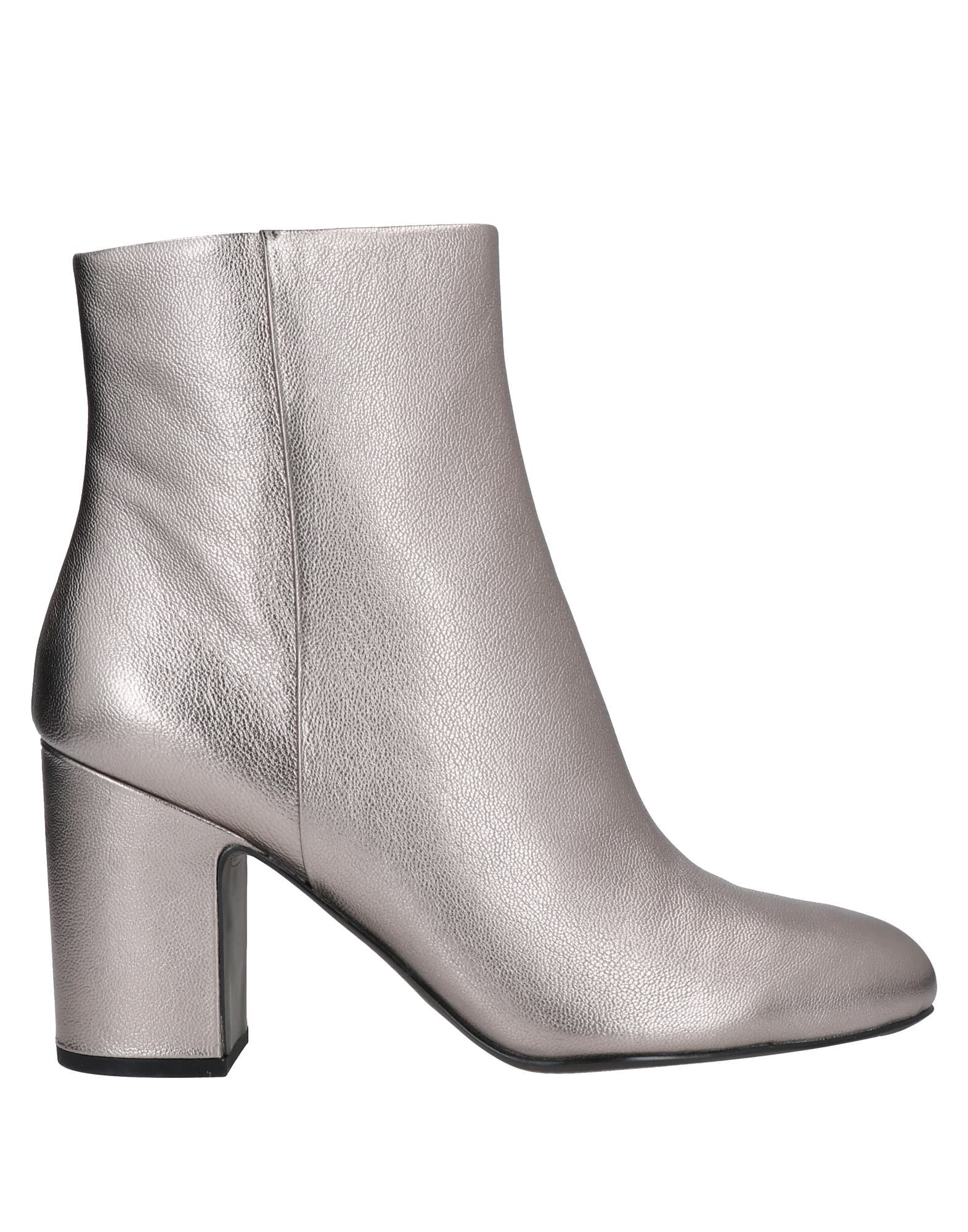 WHAT FOR Ankle boots - Item 17058271