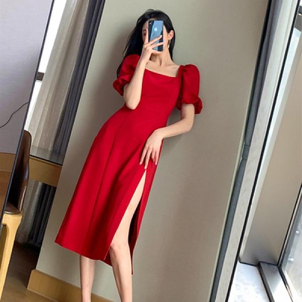 赫本風洋裝 方領連身裙FT GUOGE紅色連身裙女新款方領泡泡袖法式側開叉氣質長裙4F039.依品國際