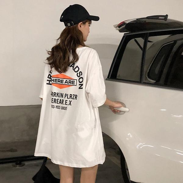 9th street 美式潮流字母長版上衣(預購)(共兩色)