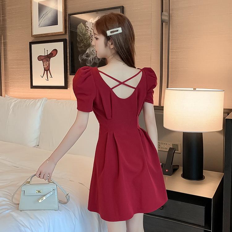 VIVILIAN日系名媛風氣質方領泡泡袖性感露背高腰顯瘦純色洋裝
