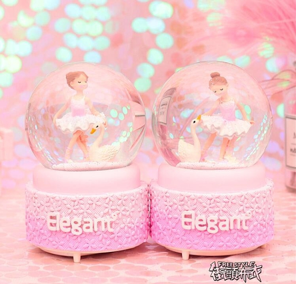 音樂盒 水晶球音樂盒 音樂盒擺件送女孩公主兒童女朋友生日禮物聖誕節禮品【全館免運】布衣