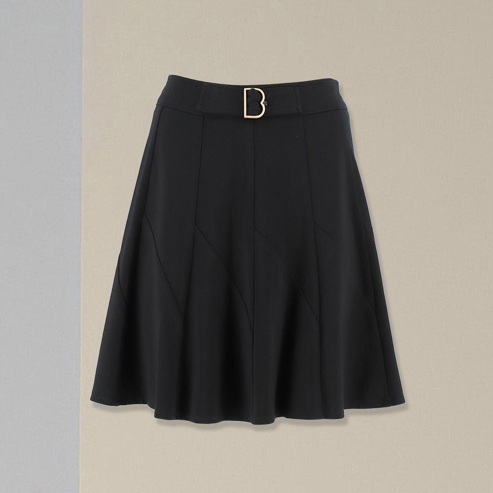 ILEY伊蕾 高彈性素色百搭顯瘦褲裙(黑)056831